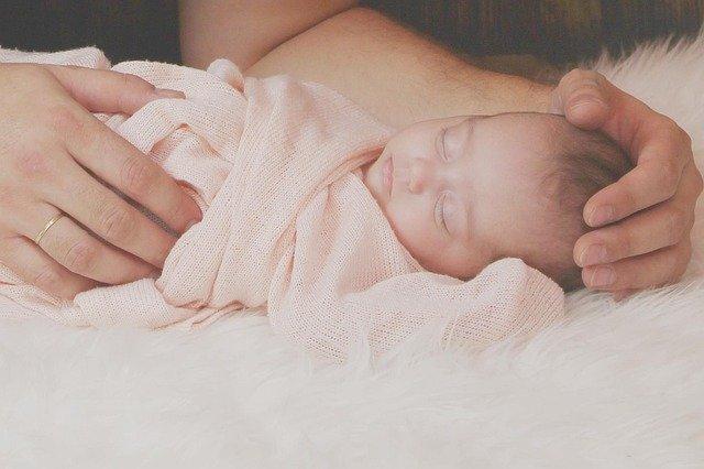 Jaki materac dla noworodka?