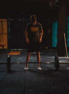 trening, przerwa od treningu, przerwa w trenowaniu, powrót na siłownię, powrót do trenowania po przerwie, trening fbw, full body workout, trening dla początkujących