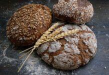 chleb, chleb na diecie, czy można jeść chleb na diecie, pieczywo na diecie, bułki na diecie, czy chleb jest zdrowy, chleb pszenny, chleb żytni, chleb orkiszowy